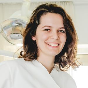 Dr. Blerta Dodaj