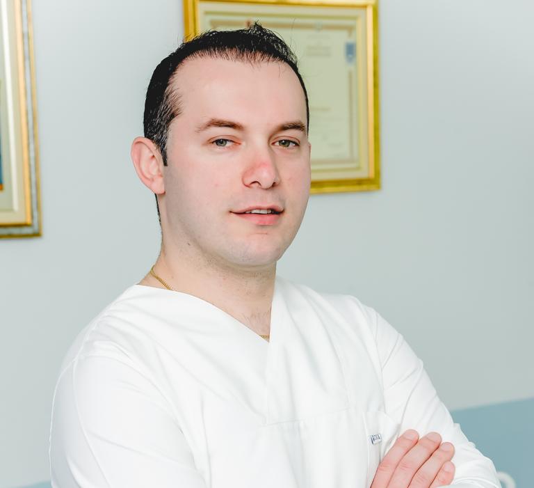 Dr. Eriold Dodaj